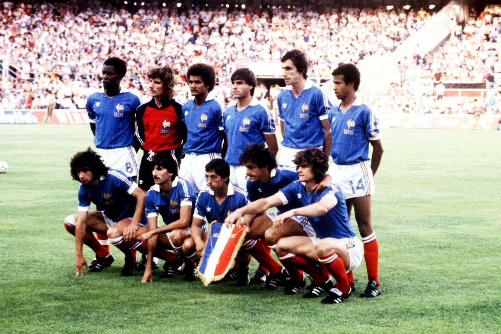 8 juillet 1982 france 3 3 rfa 4 5 tab demi finale de coupe du monde. Black Bedroom Furniture Sets. Home Design Ideas
