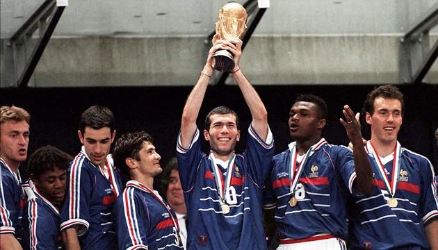 12 juillet 1998 france 3 0 br sil finale de coupe du - Combien gagne le vainqueur de la coupe du monde ...